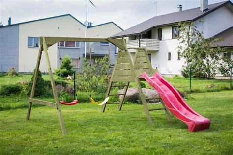 altalena e scivolo da giardino altalena con scivolo da giardino per bambini in legno d