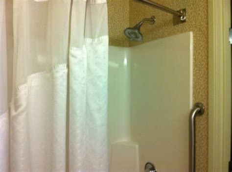 holiday inn express shower curtain kitchenette picture of holiday inn express hotel