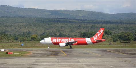 airasia facebook airasia plane missing with 162 passengers