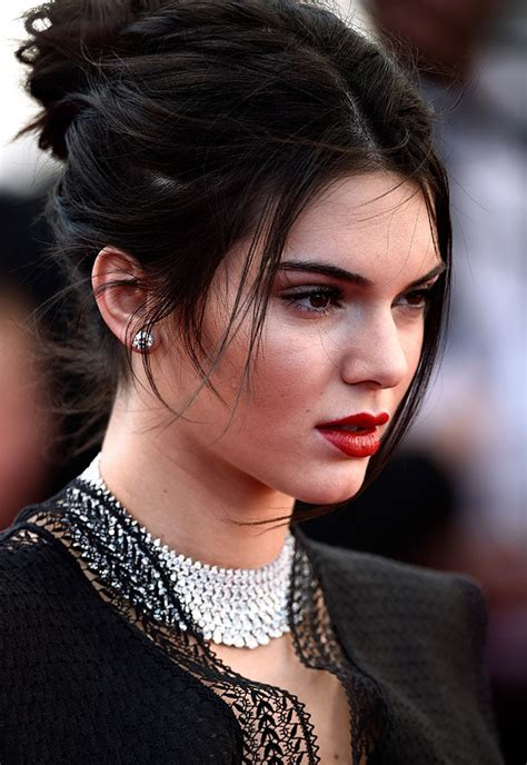 kendall jenner sues acne company for 10million after