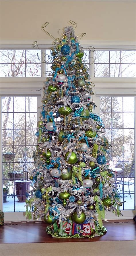 Decorated Trees - 40 tree decorating ideas
