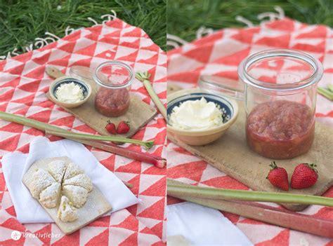 rhabarberkompott kuchen rezept 11 rezeptideen mit rhabarber leckere rhabarberrezepte