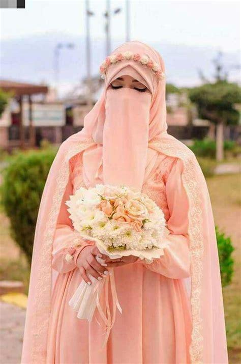 tak harus putih 6 warna ini juga buat ruangan tak galeri 15 inspirasi gaun pengantin bercadar til