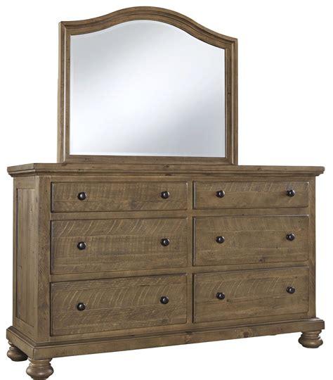Trishley Bedroom Set by Trishley Light Brown Sleigh Bedroom Set B659 77 74 98
