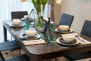 How To Set A Dining Room Table by 27 Modern Dining Table Setting Ideas