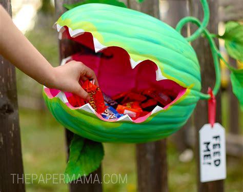 venus fly trap origami venus fly trap pumpkin holder diy the paper