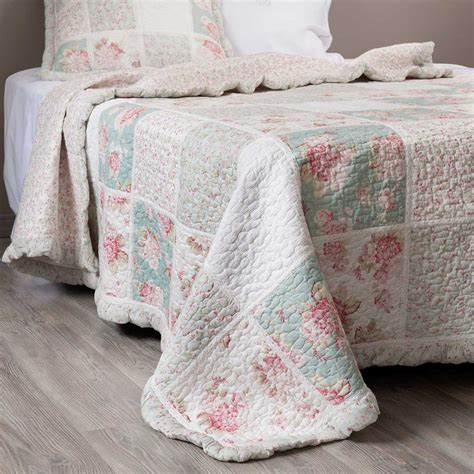 Cotton Quilted Bedspread 201 Lia Cotton Floral Quilted Bedspread In Green And Pink