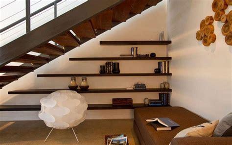 espacio home design group c 243 mo aprovechar el espacio bajo la escalera i estanter 237 as