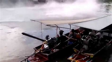 boat r gone wrong homemade speed boat race gone wrong youtube