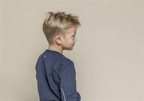 coole frisuren fuer kleine jungs und haarschnitte im
