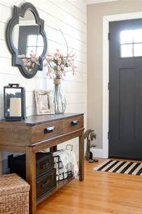 Entryway Wall Decor 25 Best Ideas About Entryway Mirror On Rustic