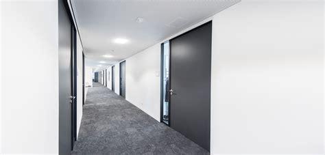 vr bank lahr t 252 ren zargen profile aus aluminium k 252 ffner aluzargen