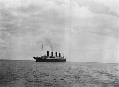 Titanic Before Sinking the last photo taken of the rms titanic 1912 vintage everyday