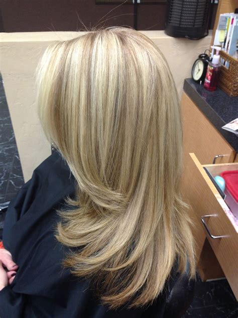 blonde hair golden lowlights best hairstyle for fine hair over 50 blondes google and
