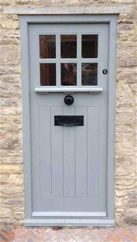 best 25 cottage front doors ideas on cottage