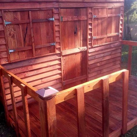 Handmade Clubhouse - diy pallet playhouse or clubhouse 101 pallet ideas