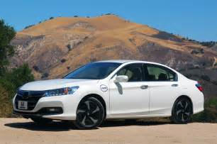 2014 honda accord hybrid gas mileage impresses all even