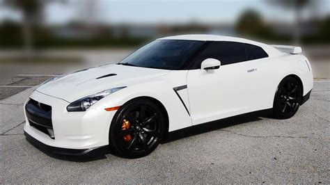 white nissan gtr my new nissan gt r premium in pearl white youtube