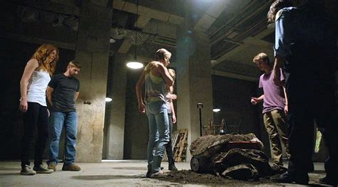 under the dome curtains guys in trouble mike vogel in under the dome curtains