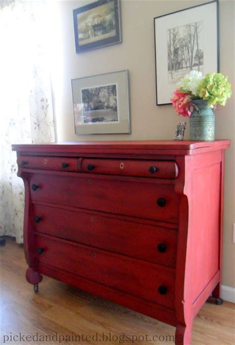 diy chalk paint distressed furniture best 20 distressed furniture ideas on