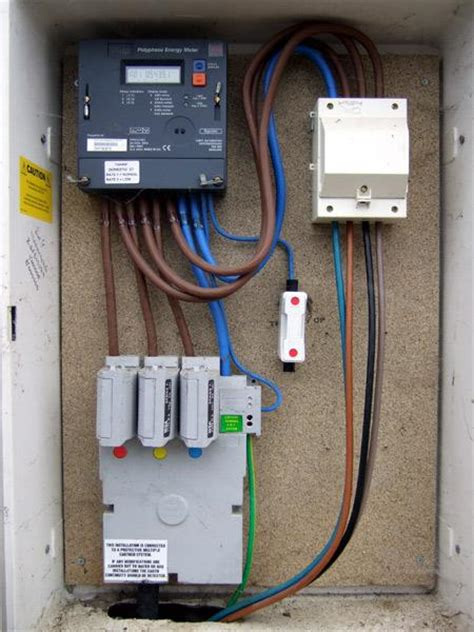 controlling storage heaters  domestic  phase supply
