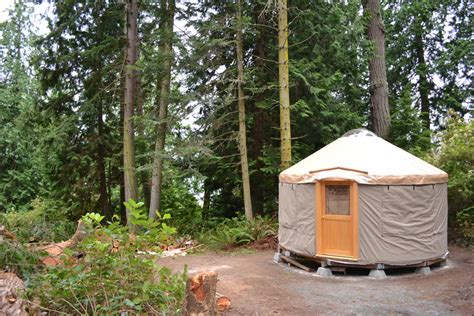 whidbey by west coast homes tiny living whidbey island yurt tiny house swoon
