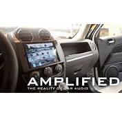Amplified  IPad Mini In Car Dash Of A Jeep Patriot Polk
