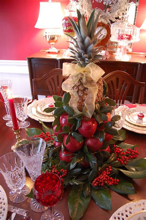 christmas table centerpieces to make how to make a colonial williamsburg table setting with apple tree centerpiece