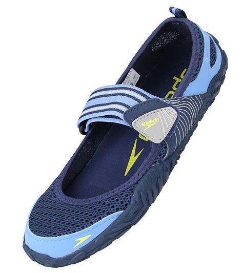 speedo shoes speedo s surfwalkers offshore water shoe at
