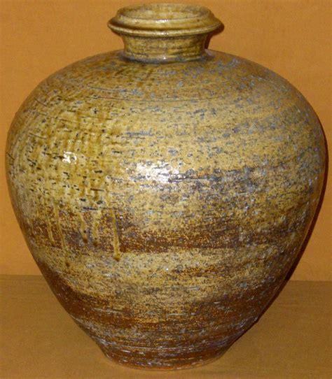 antique japanese shigaraki meiji period tsubo vase for