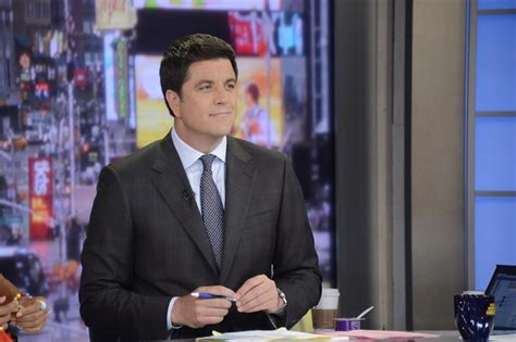 today anchor amy robach leaves nbc news for abc news video josh elliot takes pay cut after leaving gma for nbc sports