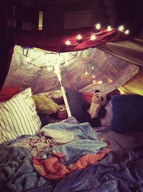 5 Steps To Building Your Own Epic Blanket Fort | 5 steps to building your own epic blanket fort