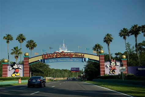 theme park for 2 year old alligator snatches 2 year old boy from walt disney world
