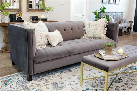 Fixer Living Room Rugs Photos Hgtv S Fixer With Chip And Joanna Gaines Hgtv