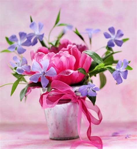 Pink Flower Vases by Pink Flowers Vase For Berni Yorkshire Rose Photo