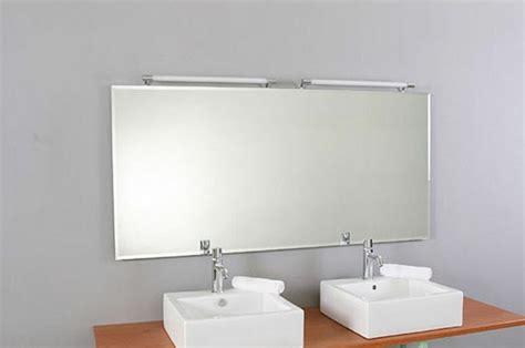 spiegel bad beleuchtet badspiegel mit beleuchtung moderne vorschl 228 ge archzine net