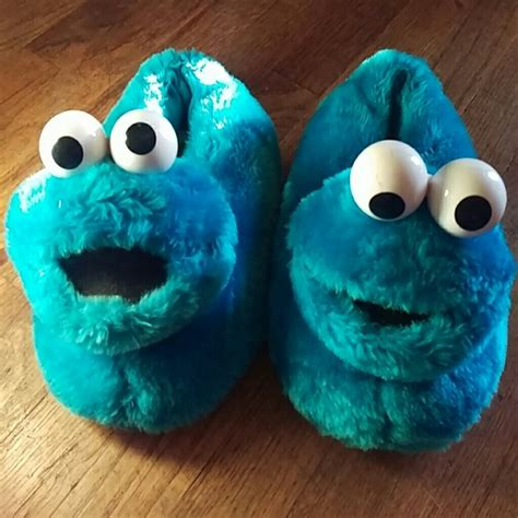 cookie monster house shoes sesame street sesame street cookie monster slippers size 7 8 from crecencia s