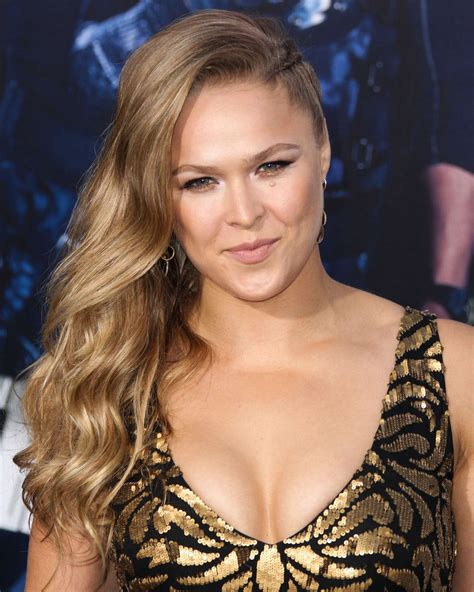 ronda rousey breast implants before and after ronda rousey breast implant plastic surgery before and