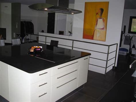 cuisine plan de travail granit noir plan de travail en granit noir brillant