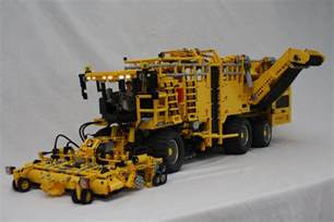 Technic Lego Technic Delicatessen Selfpropelled Sugarbeet Harvester