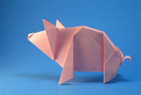 Origami Flying Pig - 20 creative origami designs