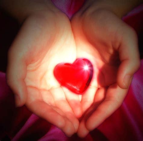 images of love jpg file love heart jpg