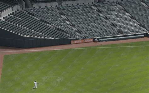 photos white sox orioles play empty stadium game at at