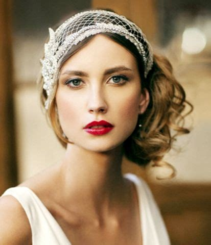 messy hair styles in 1920 bride s messy chignon with 20 s gatsby headpiece bridal
