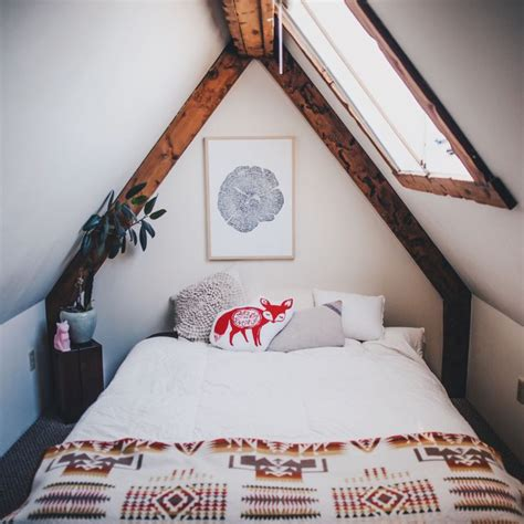 ideas for small attic bedrooms best 25 small attic bedrooms ideas on pinterest small attics attic bedroom closets