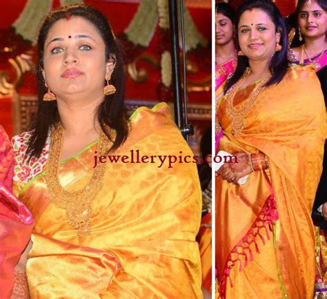 telugu actor srikanth wedding photos uha jewellery in heavy haram and big jhumka at gopichand