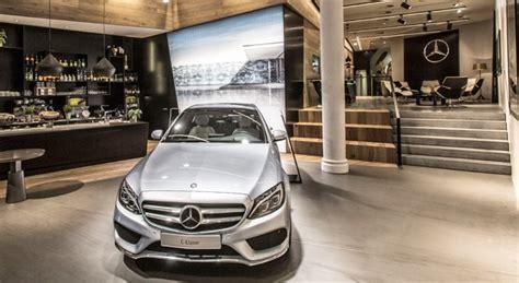 Wie Auto Kaufen by Autos Kaufen In Der Innenstadt Wie Autobauer Mit