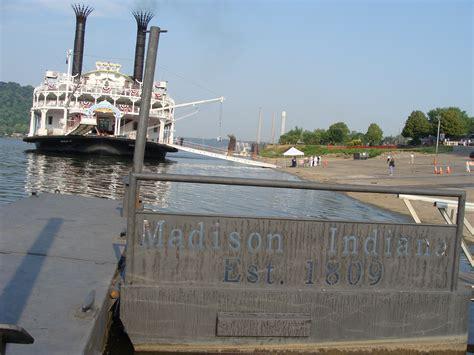 casino boat wi river boat casino indiana treasure island casino self
