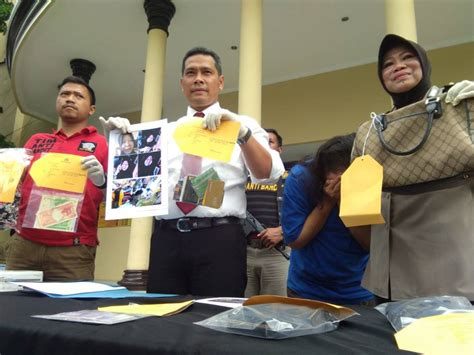 Cctv Di Yogyakarta terpantau cctv di yogyakarta pasutri jambret antar