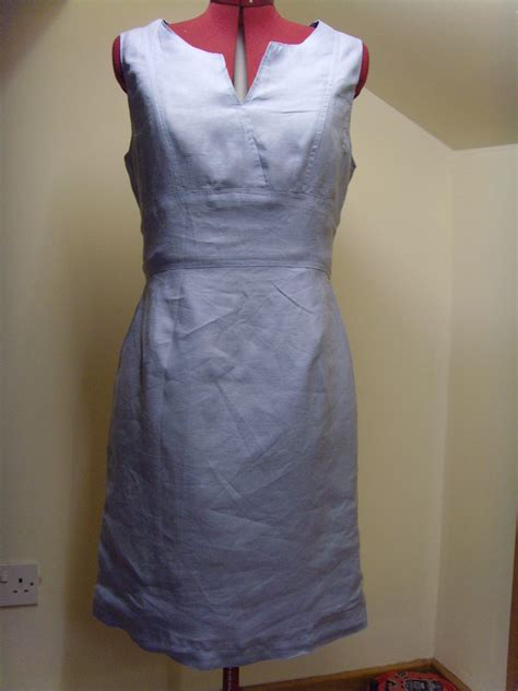 pattern for simple linen dress kay unger linen dress sewing projects burdastyle com